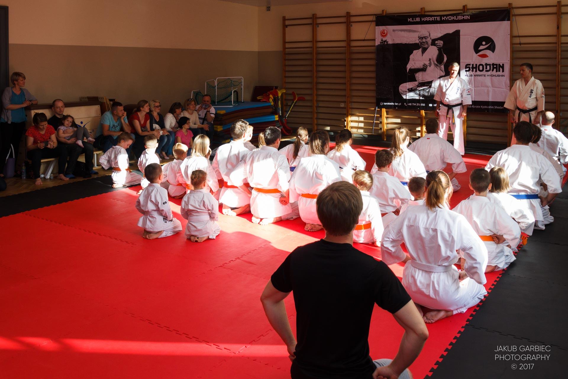 egzamin-karate-mistrz-maciej-mazur-klub-shodan-2017-06-02-3