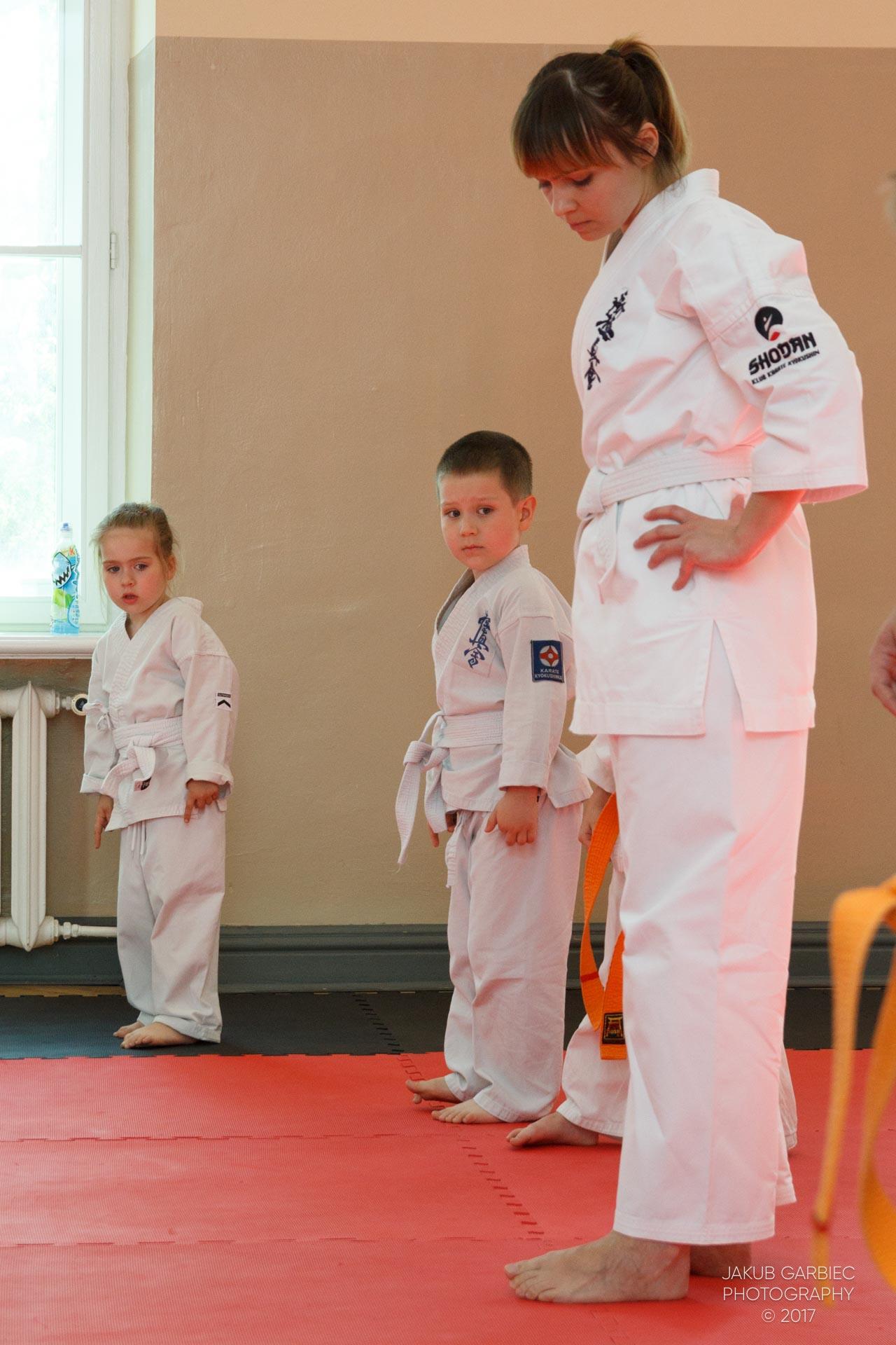 egzamin-karate-mistrz-mariusz-mazur-klub-karate-shodan-2017-06-02-8