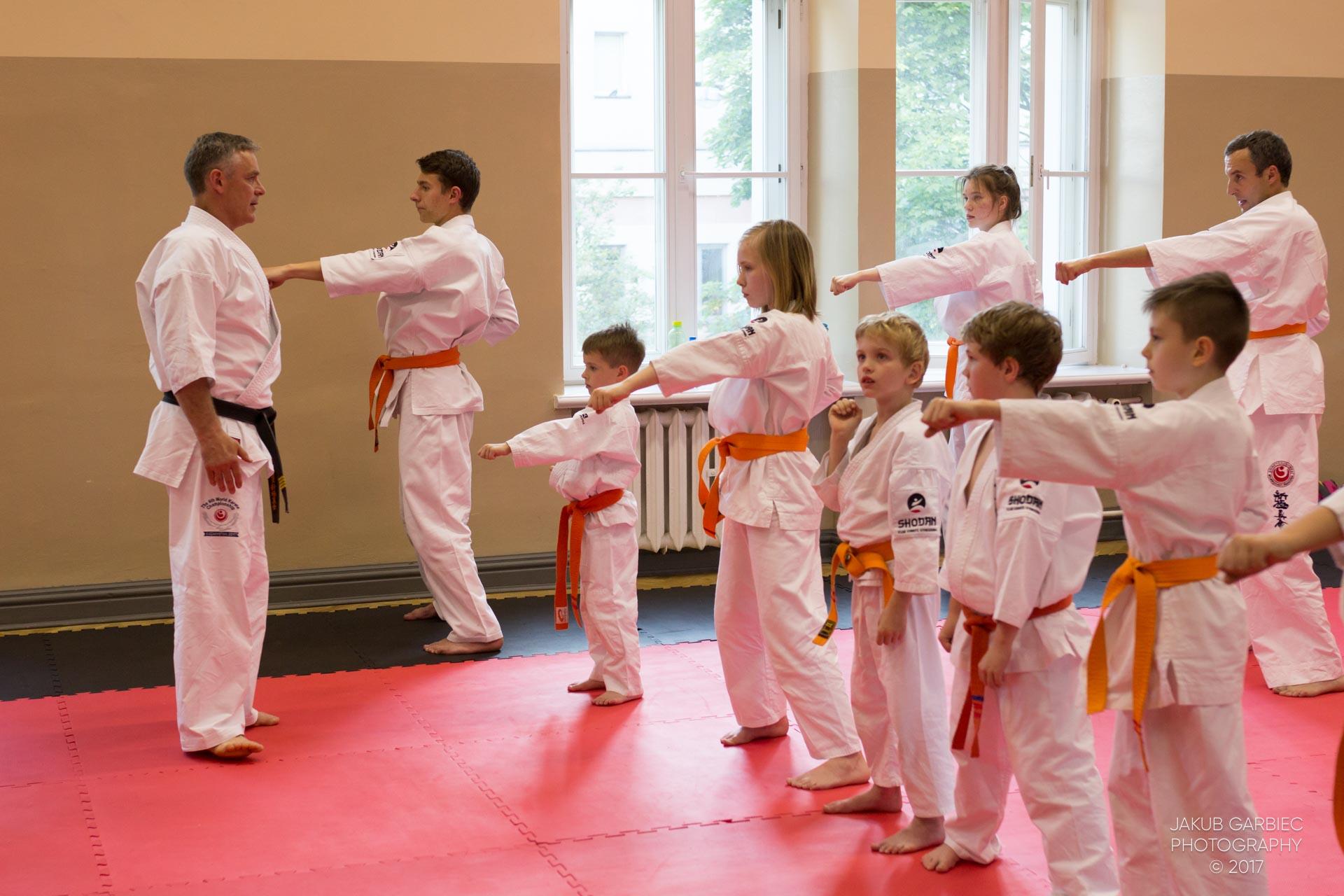 egzamin-karate-mistrz-maciej-mazur-klub-shodan-2017-06-02-6
