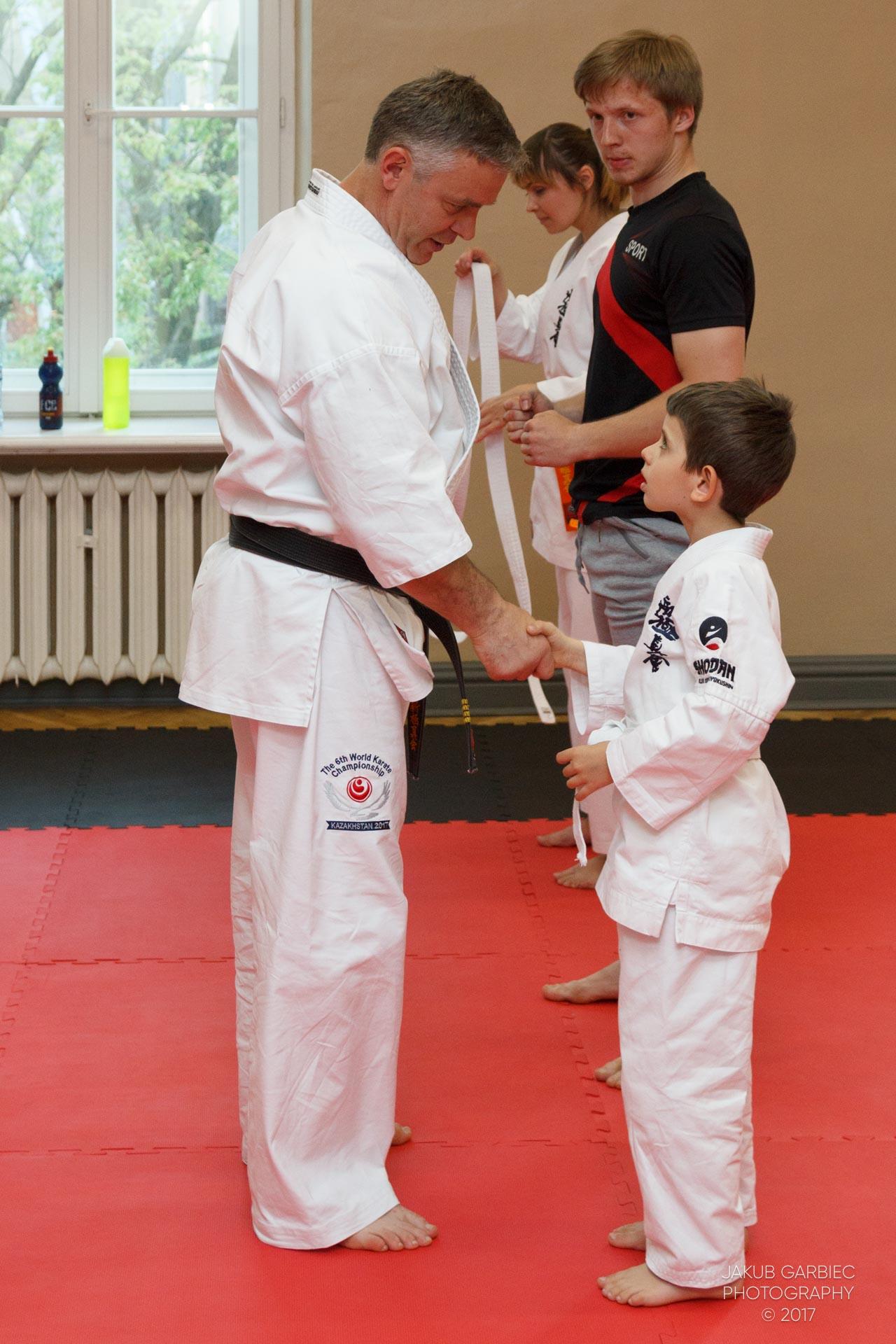 egzamin-karate-mistrz-mariusz-mazur-klub-karate-shodan-2017-06-02-21