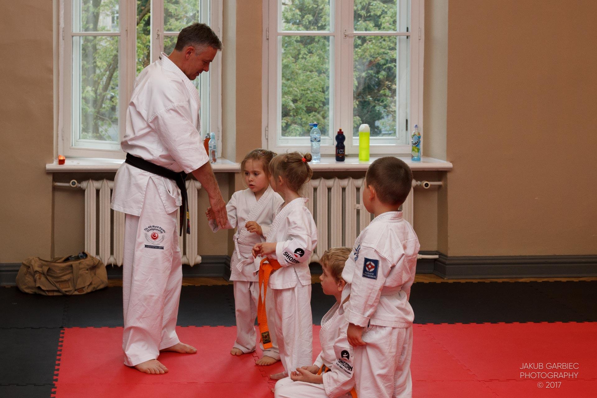 egzamin-karate-mistrz-mariusz-mazur-klub-karate-shodan-2017-06-02-22