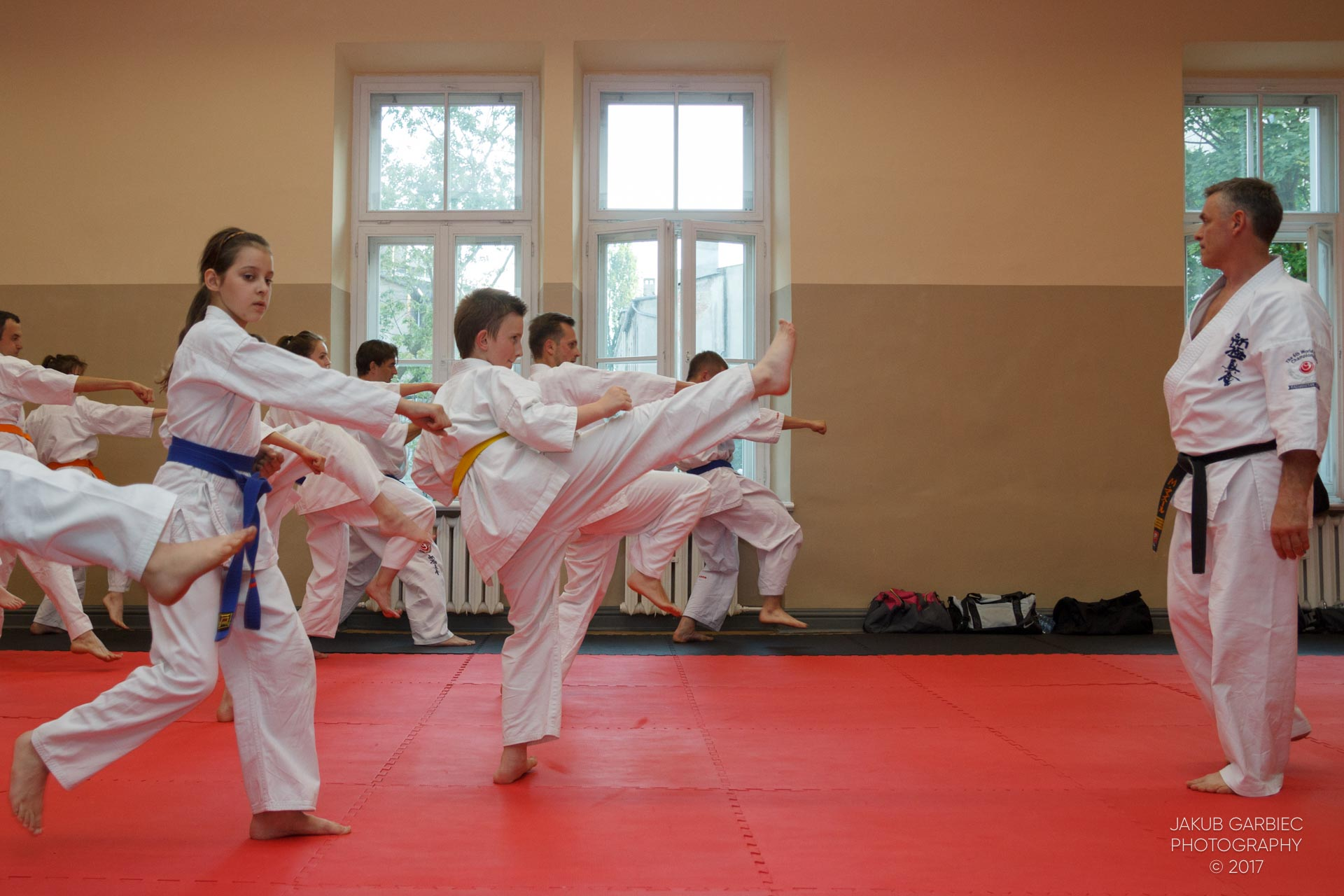 egzamin-karate-mistrz-mariusz-mazur-klub-karate-shodan-2017-06-02-27