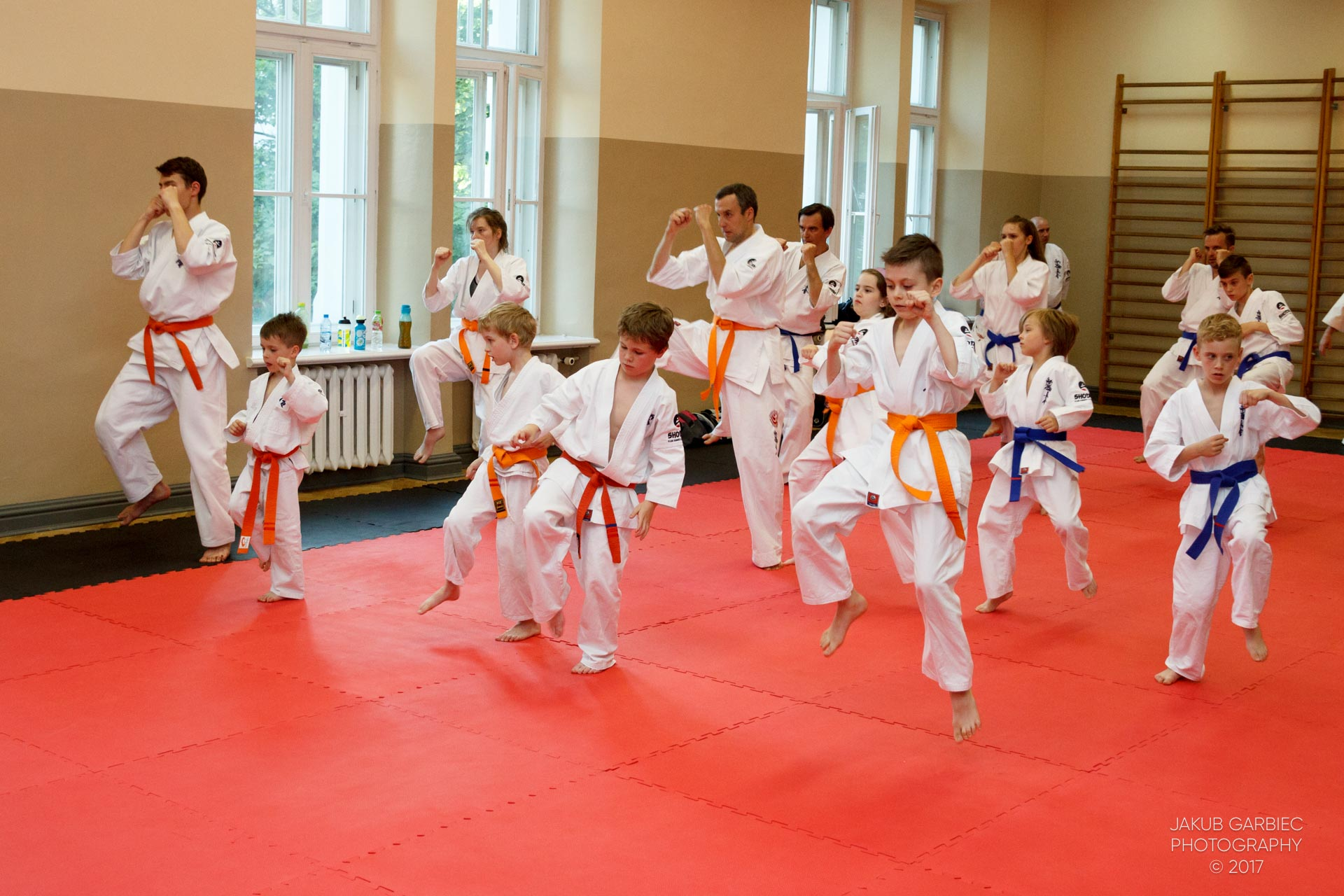 egzamin-karate-mistrz-mariusz-mazur-klub-karate-shodan-2017-06-02-34