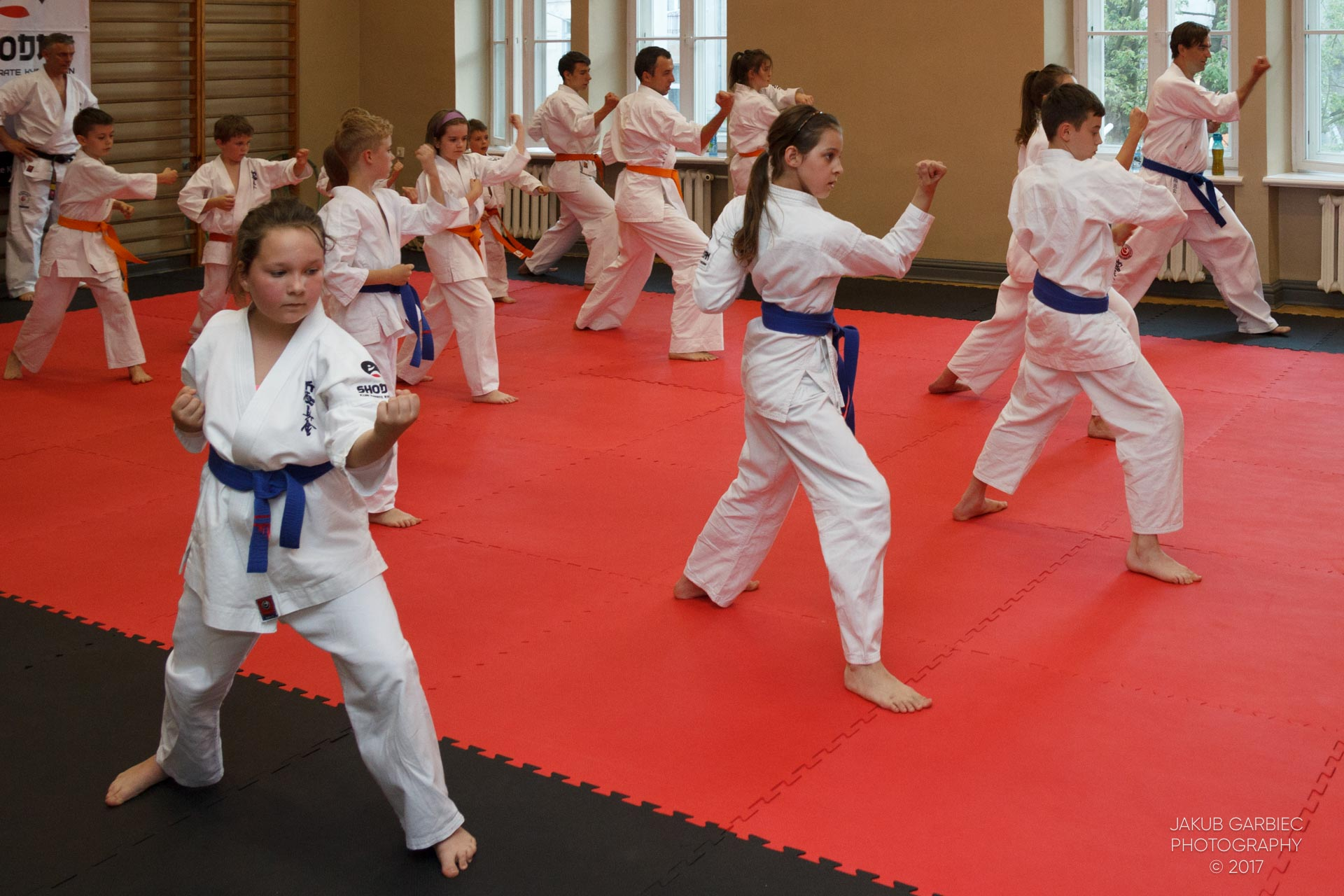 egzamin-karate-mistrz-mariusz-mazur-klub-karate-shodan-2017-06-02-37