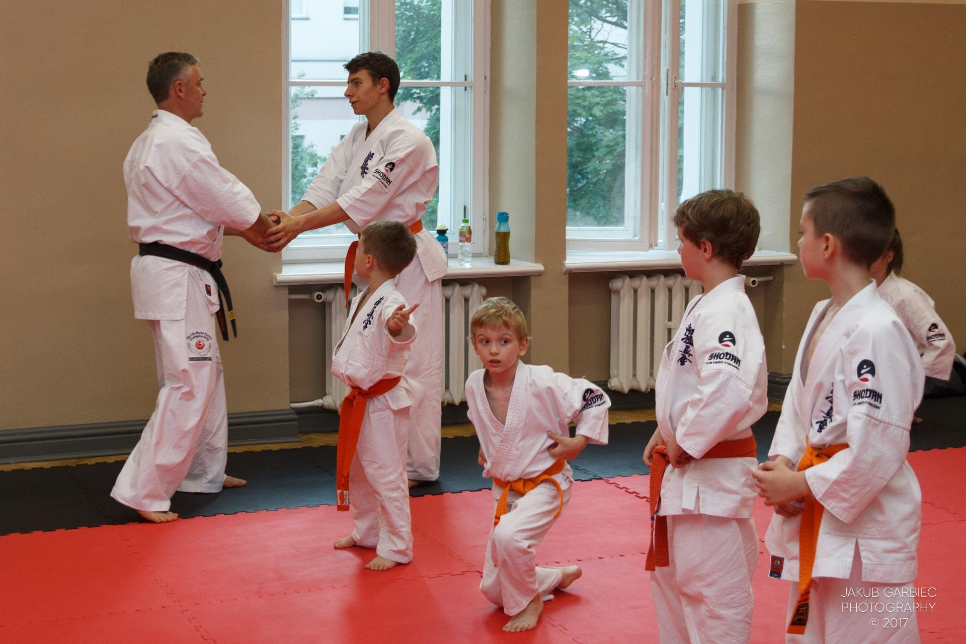 egzamin-karate-mistrz-mariusz-mazur-klub-karate-shodan-2017-06-02-39