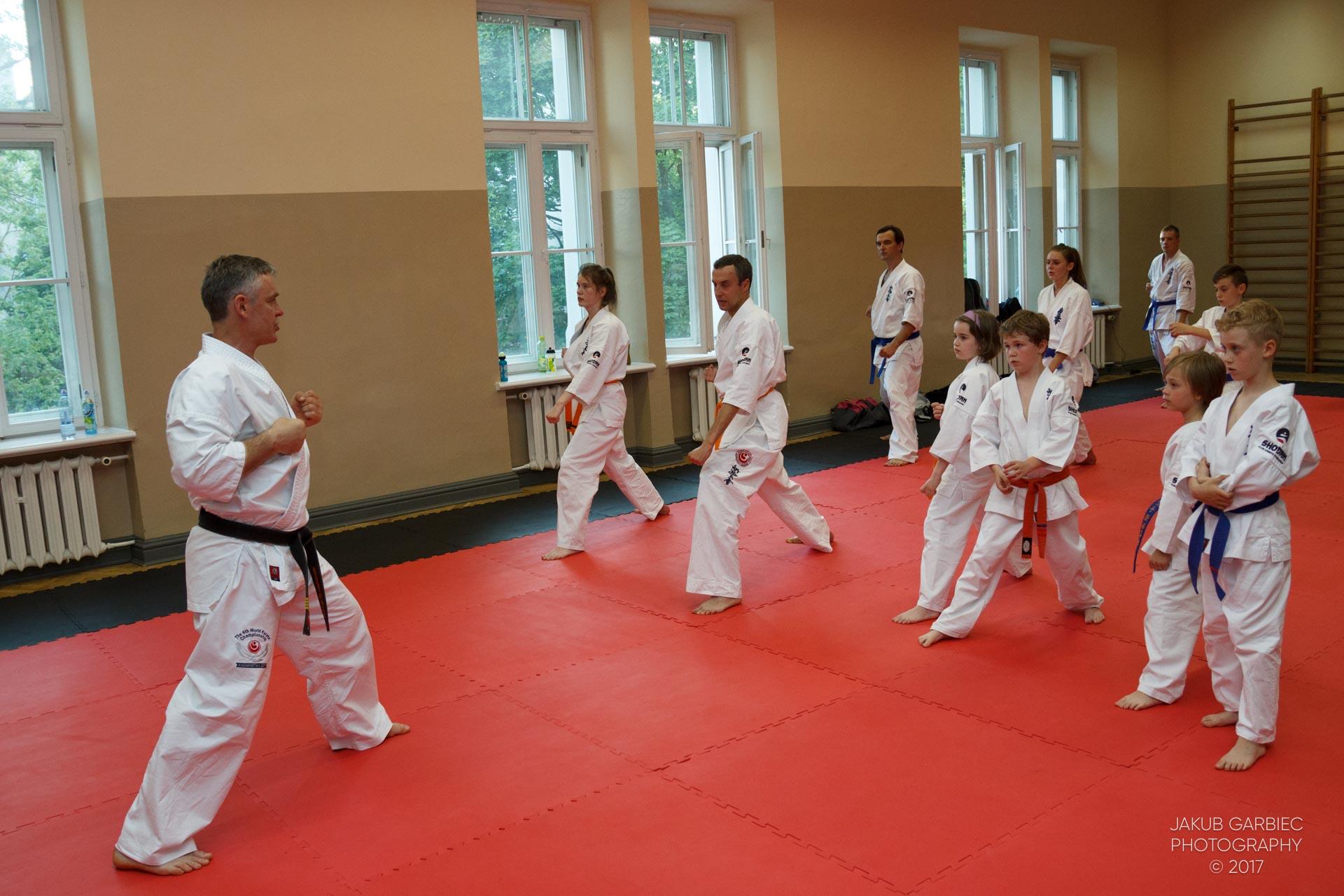egzamin-karate-mistrz-mariusz-mazur-klub-karate-shodan-2017-06-02-41