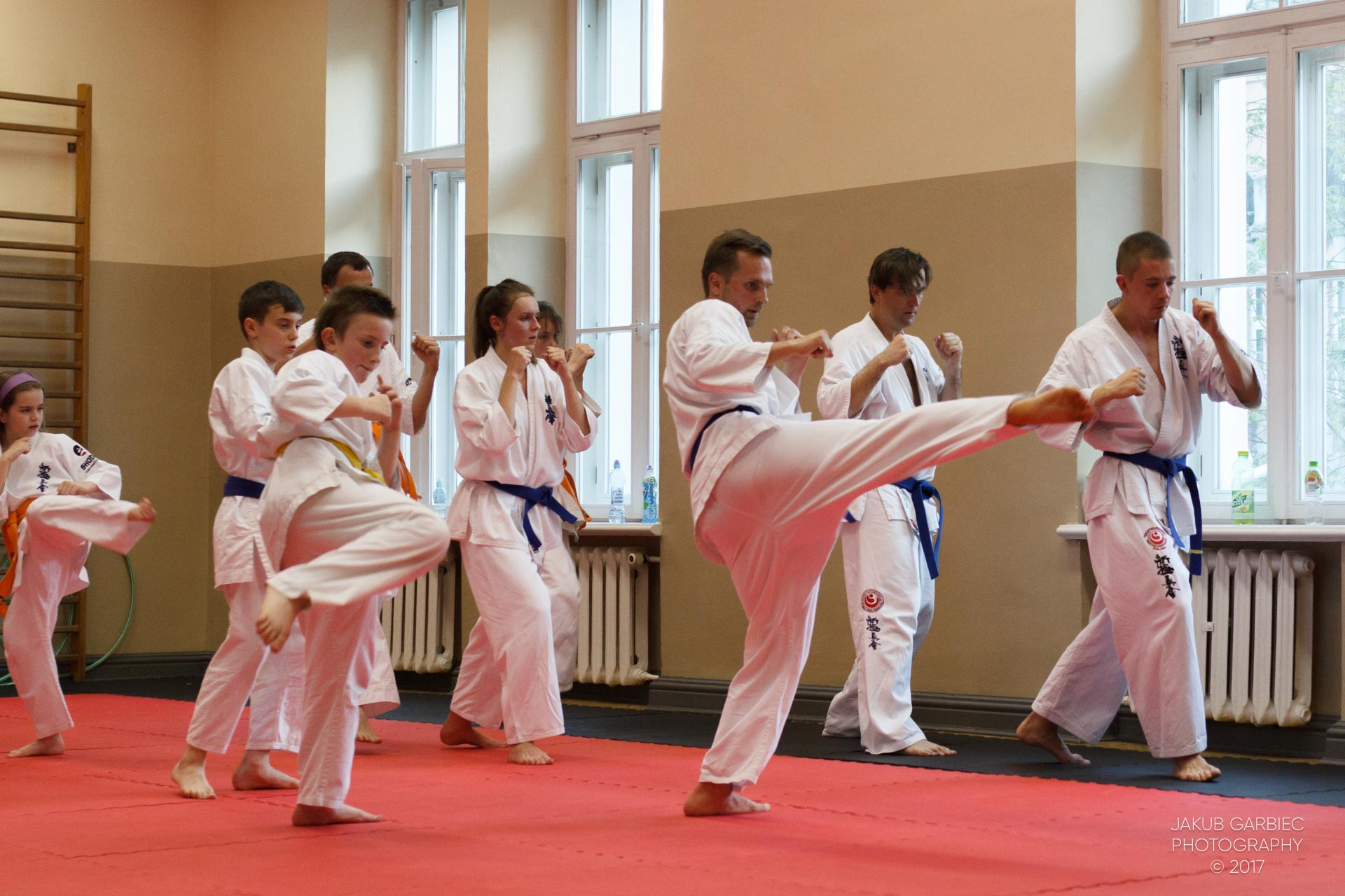 egzamin-karate-mistrz-mariusz-mazur-klub-karate-shodan-2017-06-02-45