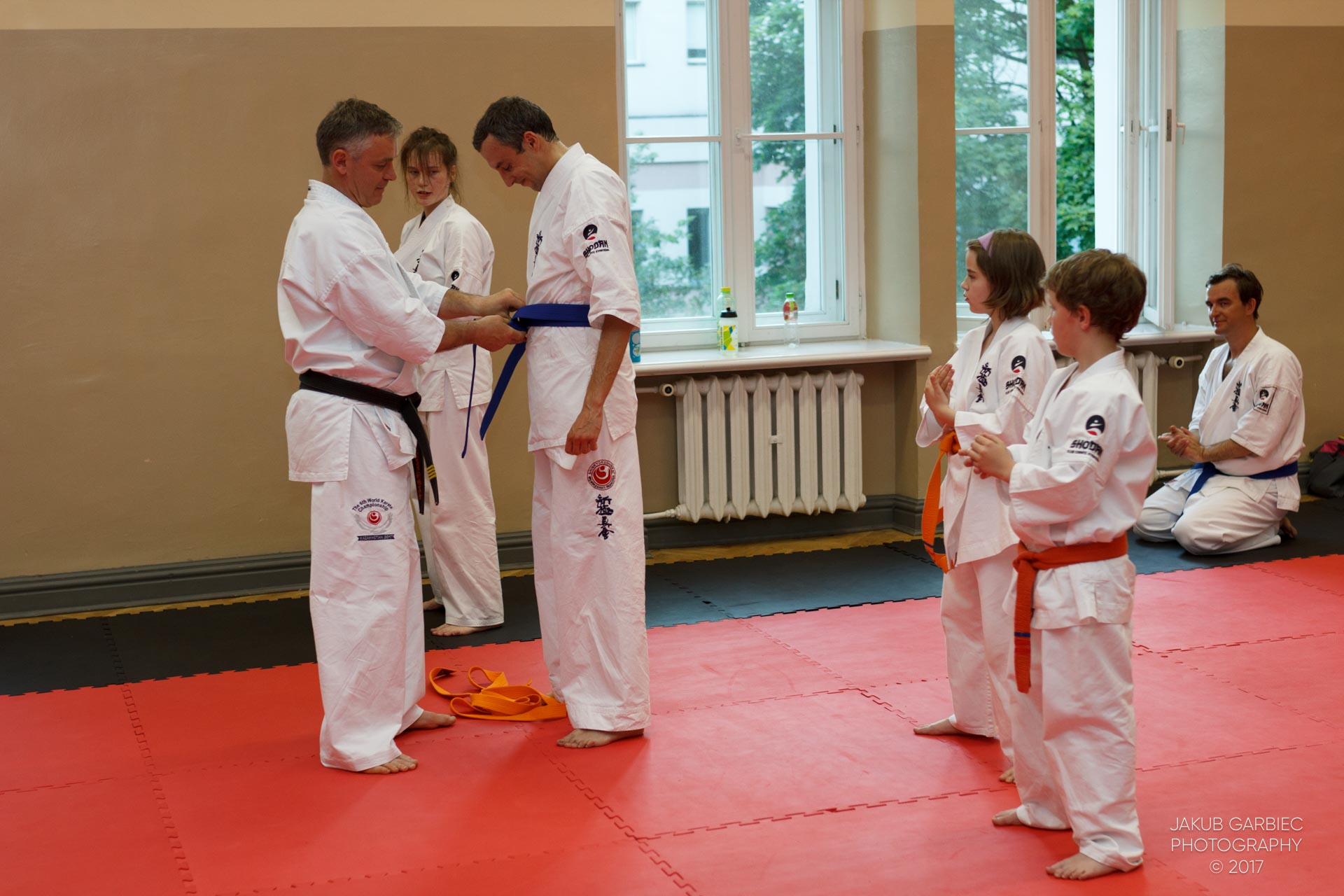 egzamin-karate-mistrz-mariusz-mazur-klub-karate-shodan-2017-06-02-47