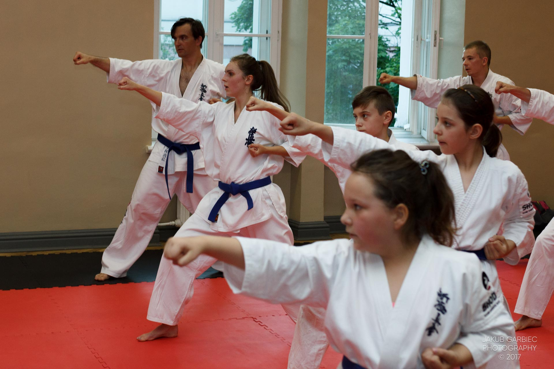 egzamin-karate-mistrz-mariusz-mazur-klub-karate-shodan-2017-06-02-49