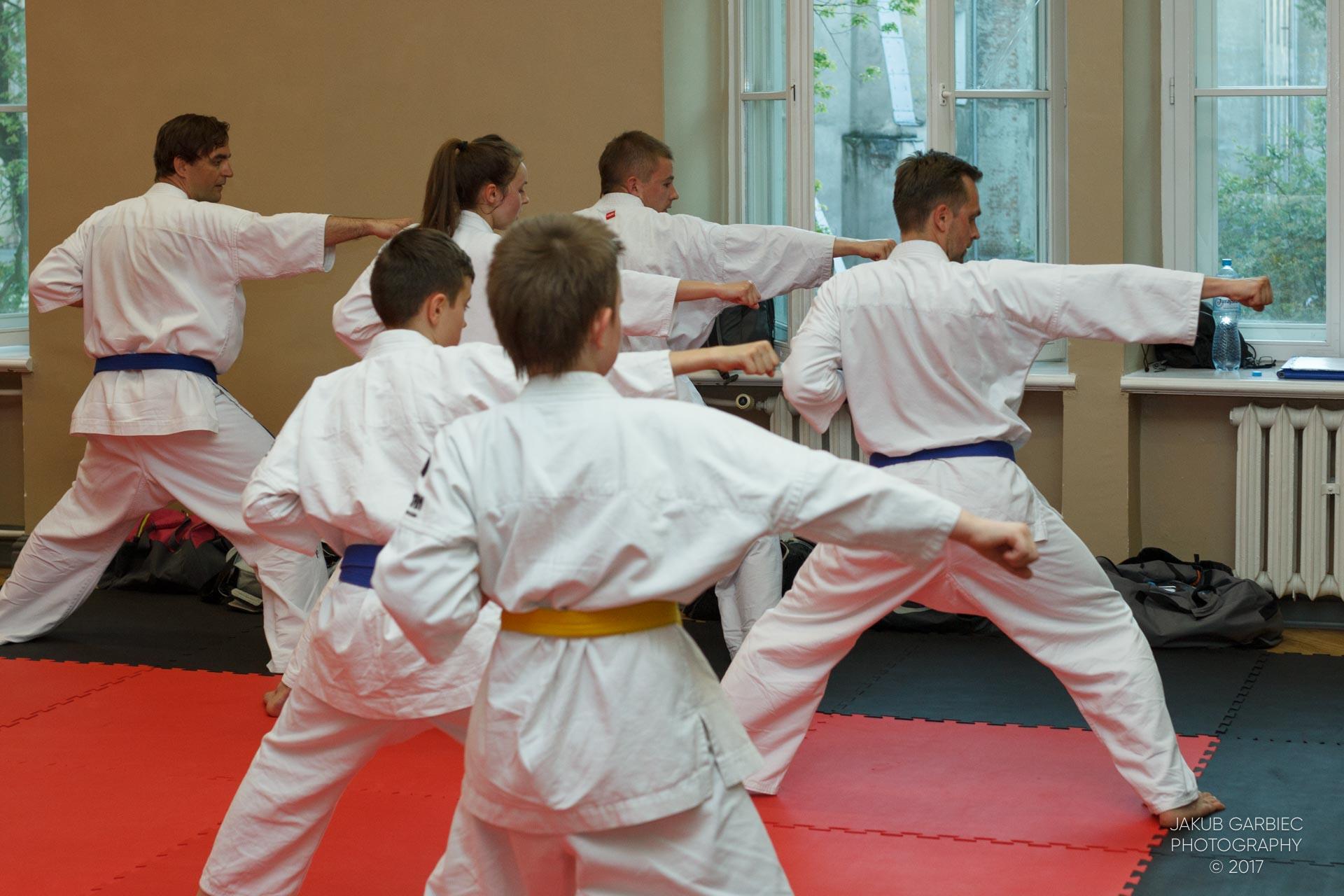 egzamin-karate-mistrz-mariusz-mazur-klub-karate-shodan-2017-06-02-51