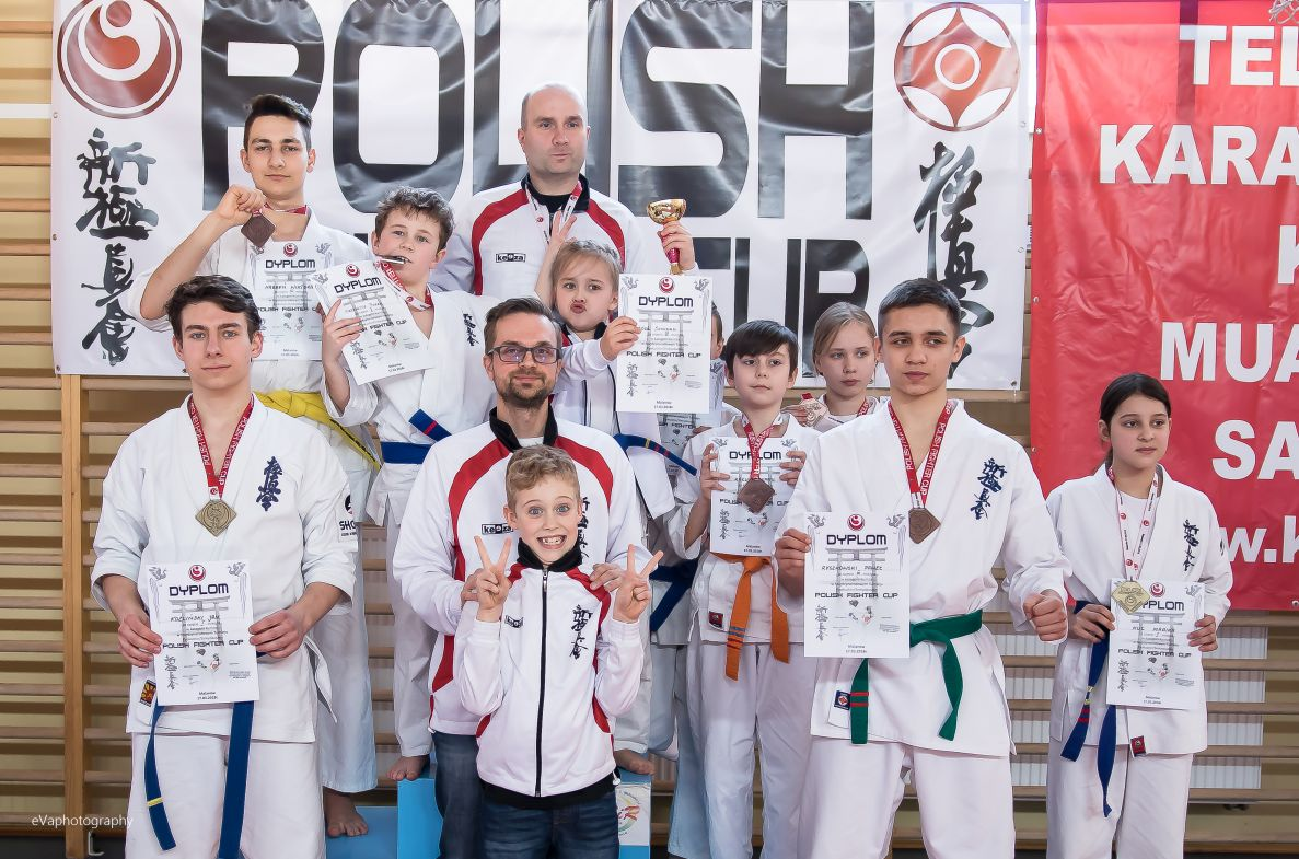 4 Miejsce w klasyfikacji drużynowej na Turnieju Polish Fighter Cup
