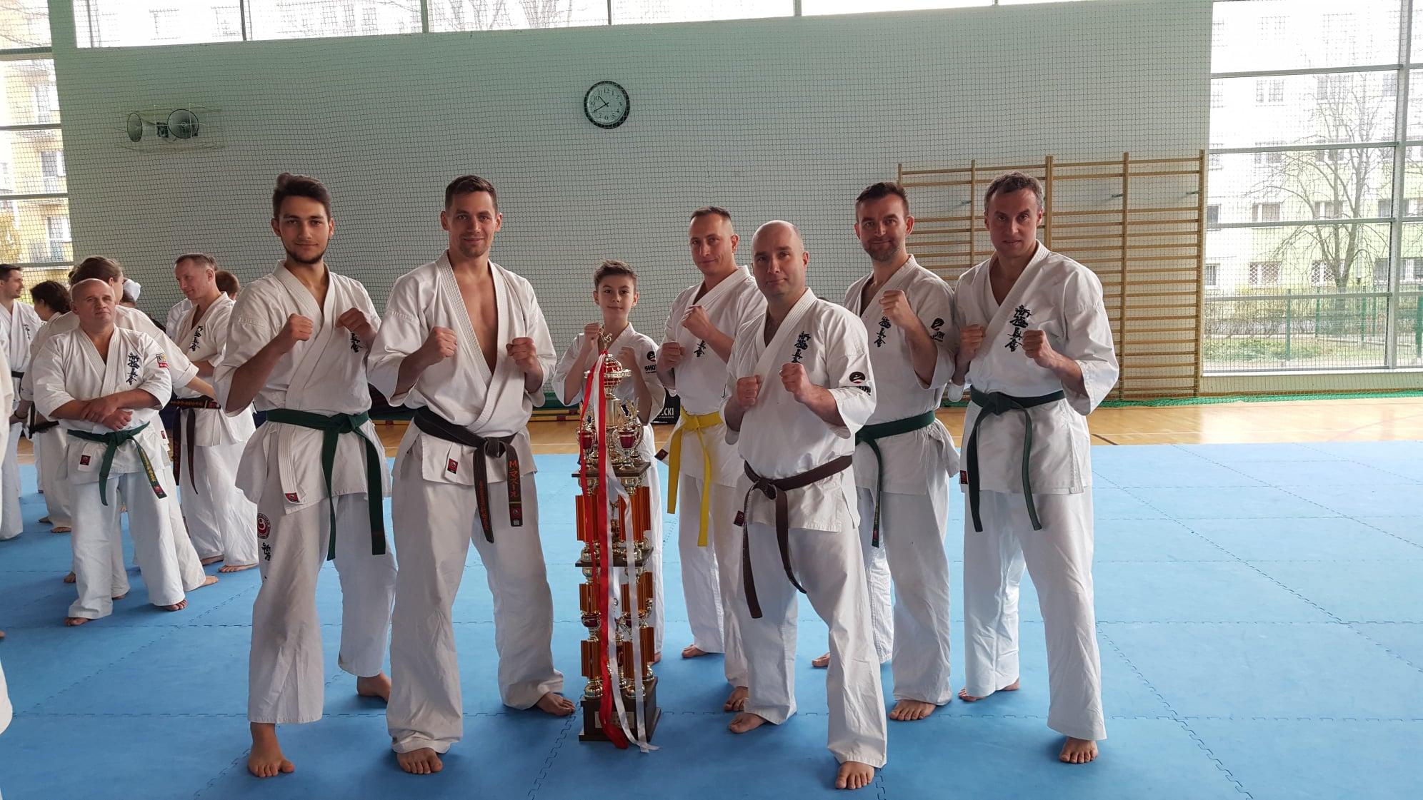 Trening w Branch z Vicemistrzem Świata w Karate Shinkyokushin Senseiem Maciejem Mazurem